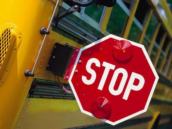 No detiene para un autobús escolar en Las Vegas, Nevada